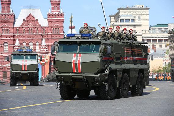 Впервые на своих бронеавтомобилях «Тайфун» в параде приняла участие военная полиция, это сделано в ознаменование ее заслуг в Сирии