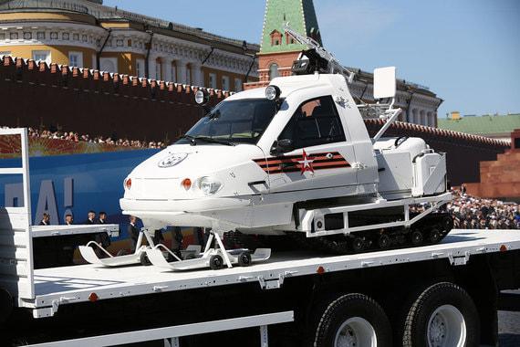 Гусеничный снегоход «Беркут», собираемый из гражданских агрегатов нижегородской компанией «Транспорт»