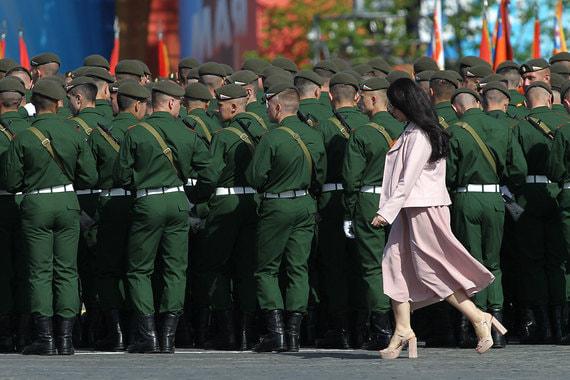 Всего к Параду Победы в Москве были привлечены 13 046 человек
