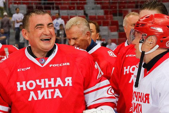 Вратарем был губернатор Тульской области Алексей Дюмин (на фото)