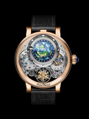 Часы Récital 22 Grand Récital будут изготавливать в двух вариантах: в корпусе из розового золота (на фото) и платины