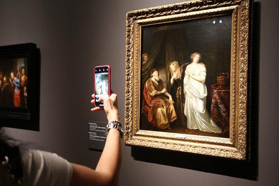 Выставка «Эпоха Рембрандта и Вермеера. Шедевры Лейденской коллекции» в Пушкинском музее представляет собрание американца Томаса Каплана и его жены Дафны Реканати-Каплан. Она названа в честь родного города Рембрандта и представляет восемь десятков картин великого голландца и его соотечественников и современников.