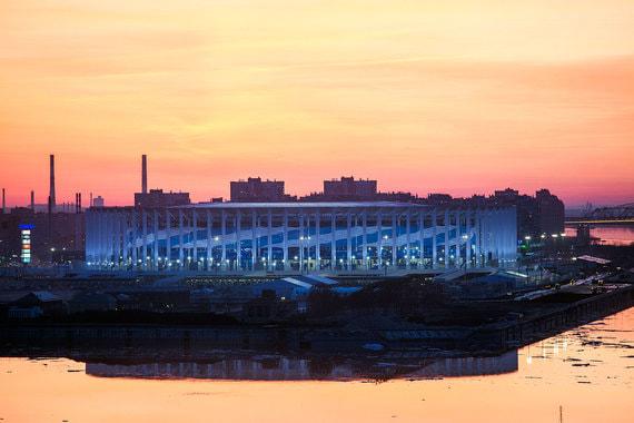 На стадионе в Нижнем Новгороде пройдут четыре матча группового этапа ЧМ-2018 и по одному матчу 1/8 и 1/4 финала. Вместимость арены – 45 000. Стадион официально открыли 6 мая перед третьим тестовым матчем