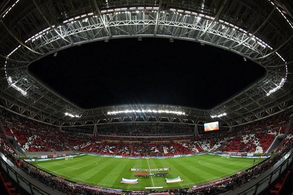 Вместимость стадиона – 45 000 человек, строительство обошлось более чем в 14 млрд руб.