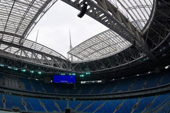 Стадион в Санкт-Петербурге - это единственный в России стадион с раздвижной крышей
