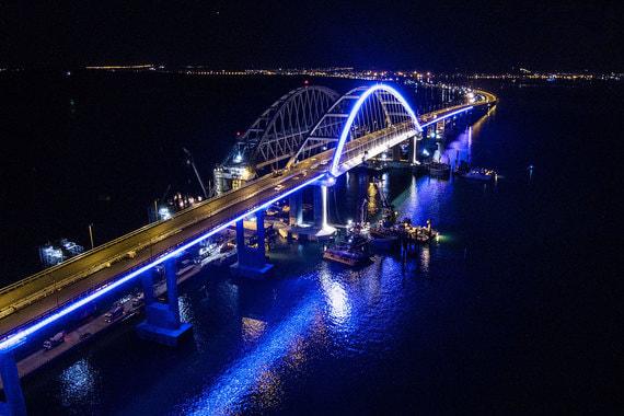 Крымский мост – один из крупнейших в России. Его протяженность – 19 км.