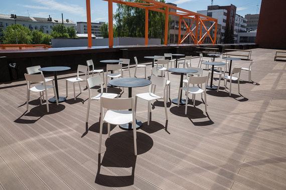 Чуть позже на пятом будет открыт ресторан с видом на город, а помещения четвертого этажа планируют сдавать партнерам «Октавы» и в аренду