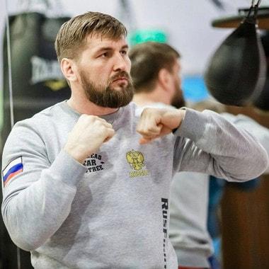 Виталий Минаков. Российский самбист, четырёхкратный чемпион мира по спортивному самбо, мастер спорта по дзюдо