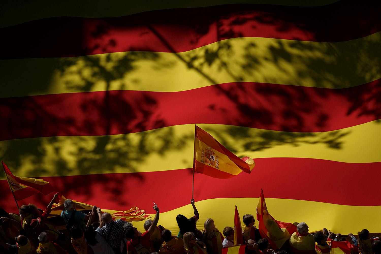 Каталония вышла из-под прямого управления Мадрида