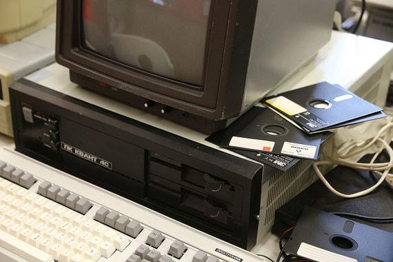 Советский ПК «Квант 4С» мог работать под операционной системой Demos – отечественным вариантом Unix. Имел мегабайт оперативной памяти и многоцветный дисплей