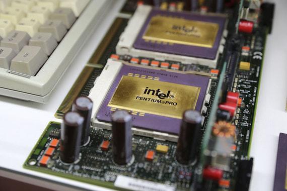 Серверный процессор Intel шестого поколения Pentium Pro