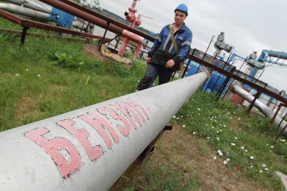 normal 171e Правительство хочет иметь право вводить запретительные пошлины на бензин