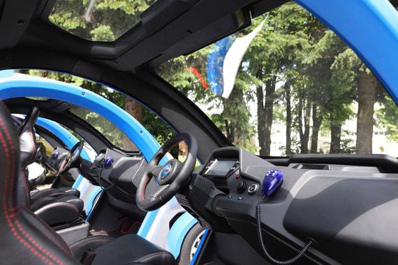 Правительство Москвы продолжит закупать электромотоциклы и электромобили, если технические новинки будут необходимы для работы в столице, сказал мэр Сергей Собянин