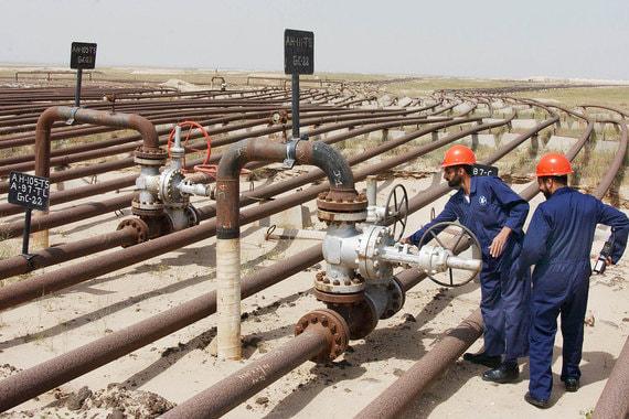 Кувейт в 2017 г. добывал 2,7 млн баррелей в сутки, а экспортировал 2,01 млн баррелей, следует из данных ОПЕК. По данным BP, страна добывала 3,03 млн баррелей в сутки в прошлом году