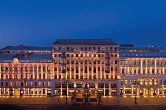 Corinthia Hotel в Санкт-Петербурге выиграл в трех категориях - бизнес-отель, отель для конференций и лучший номер люкс