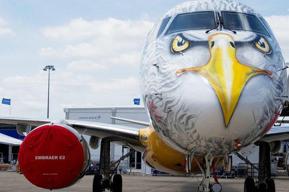 normal 176b Boeing поглотит подразделение коммерческих самолетов Embraer