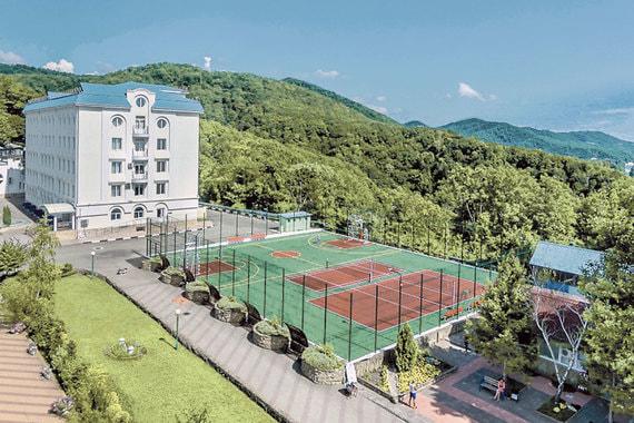 normal 2eo Azimut Hotels возьмет в управление гостиницы и санатории «Алросы»