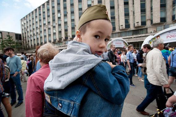 Госдума готовится ввести многотысячные штрафы за вовлечение подростков в несанкционированные митинги