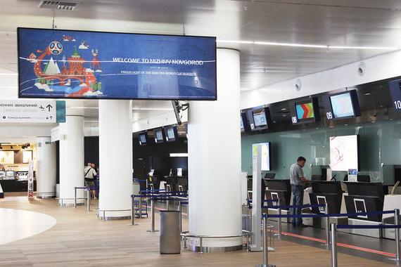 В строгих прямоугольных формах выдержаны и залы терминала в Стригино