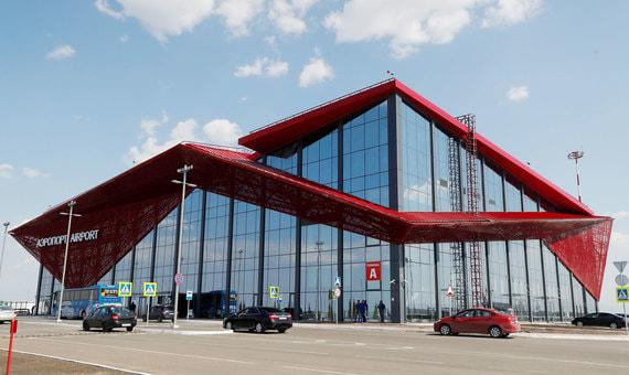 Аэропорт в Саранске открылся совсем недавно, к Чемпионату мира по футболу. Построен по проекту НИИ ГА «Аэропроект». Строительство аэропорта полность финансировалось из бюджета - федерального и регионального. Общая стоимость проекта вместе с техническим оснащением составила 3,5 млрд руб.
