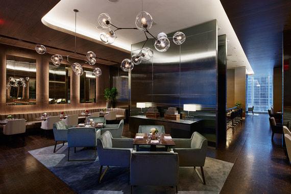 Ресторан отеля The Living Room стилизован под нью-йоркскую квартиру