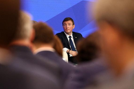 Как передает корреспондент «Ведомостей», слова Турчака вызвали недовольный ропот депутатов в зале