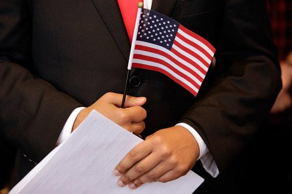 В конце марта власти США в знак солидарности с Великобританией, обвинившей Россию в причастности к отравлению Скрипалей, объявили о высылке 60 российских дипломатов