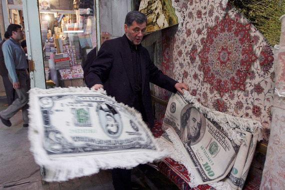 Торговля валютой на улице как можно заработать много денег в копатель онлайн