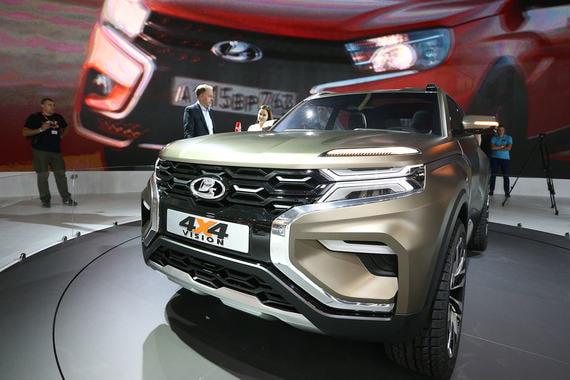 Продажи Lada в России вернулись к росту