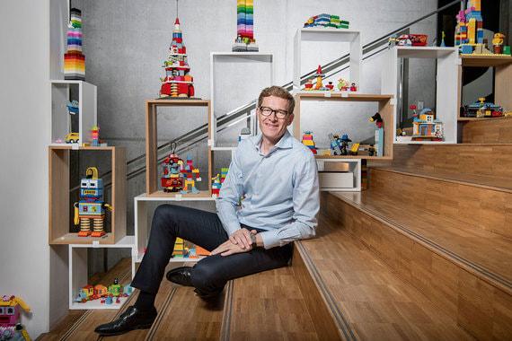 Как правильно сложить кирпичики Lego в виртуальном мире