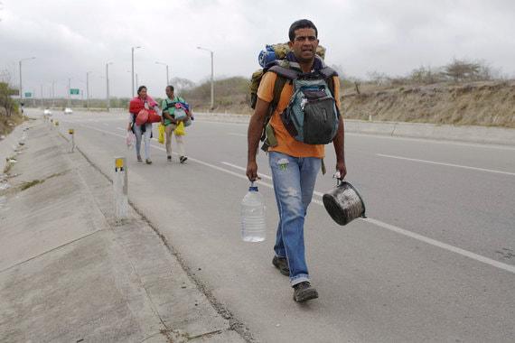 Тревогу из-за массовой эмиграции венесуэльцев бьет «Пентагон с целью оправдать вторжение», утверждают представители правительства