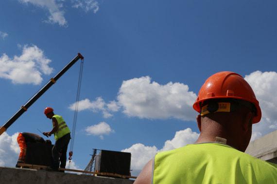 normal 1cro Правительство ограничит долю иностранных рабочих на стройках