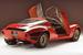 Тот вариант открывания дверей вверх, который использует BMW i8, первой, видимо, предложила компания Alfa Romeo. С ноября 1967 г. по март 1969 г. она выпустила 18 экземпляров спорткара Alfa Romeo 33 Stradale, двери которого открывались, словно крылья бабочки. Дизайнером ее был знаменитый Франко Скальоне, человек, который отказал Баттисте «Пинину» Фарине и стал работать на Нуччо Бертоне