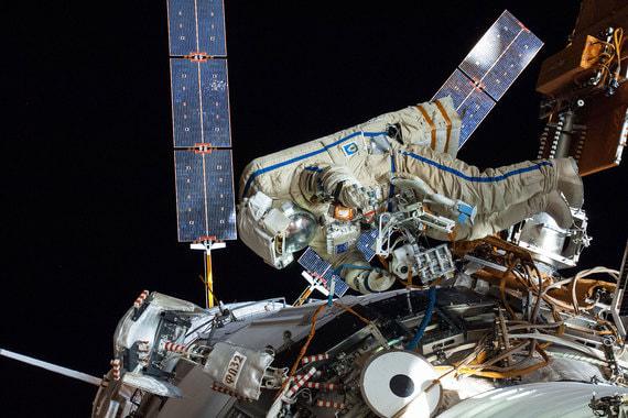 Национальное управление по аэронавтике и исследованиям космического пространства (NASA) начало свою деятельность 1 октября 1958 г. Эту дату NASA считает и своим