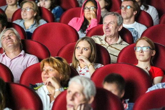 Депутаты разрешили показывать на кинофестивалях фильмы без прокатного удостоверения