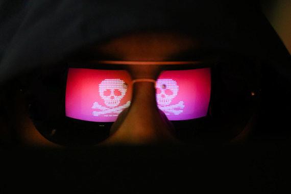 Доходы хакеров упали на порядок