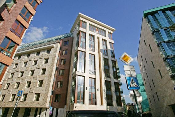 Сколько «квадратов» жилья можно купить в элитных районах Москвы за $1 млн
