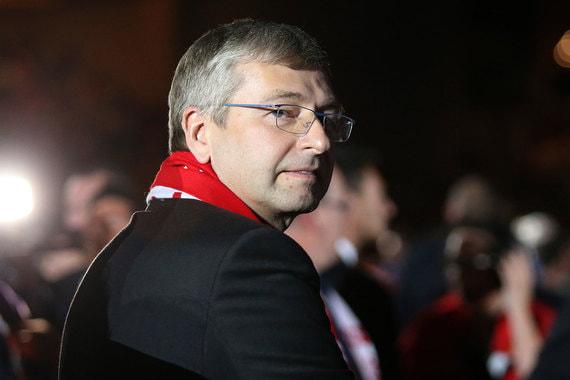 Дмитрий Рыболовлев: от одержимого футболом олигарха до фигуранта дела о коррупции