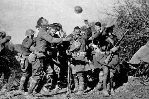 normal 1f88 Как радовались окончанию Первой мировой войны 100 лет назад