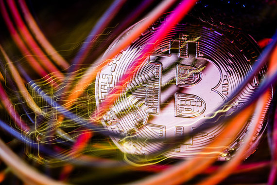 За биткойном, на который по-прежнему приходится львиная доля капиталиазции криптовалютного рынка, последовали и другие криптовалюты
