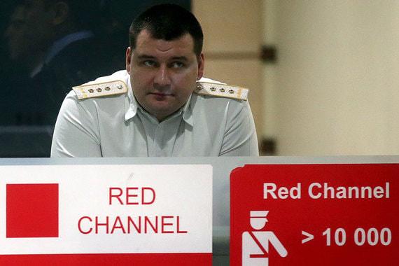 В России кардинально ужесточают правила провоза дорогих часов и украшений