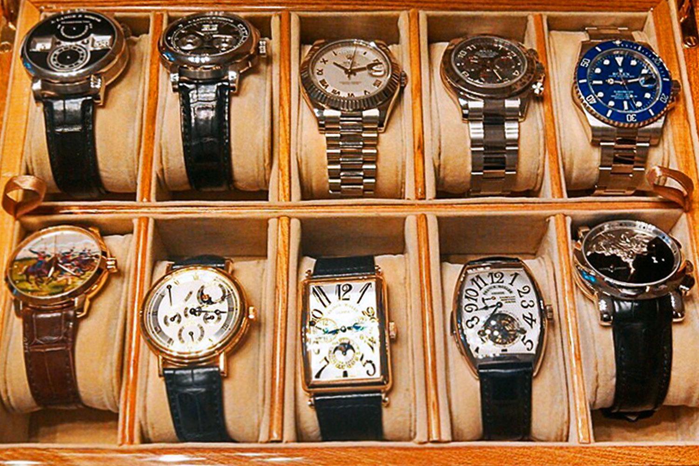 Мужские наручные часы до 100000 руб