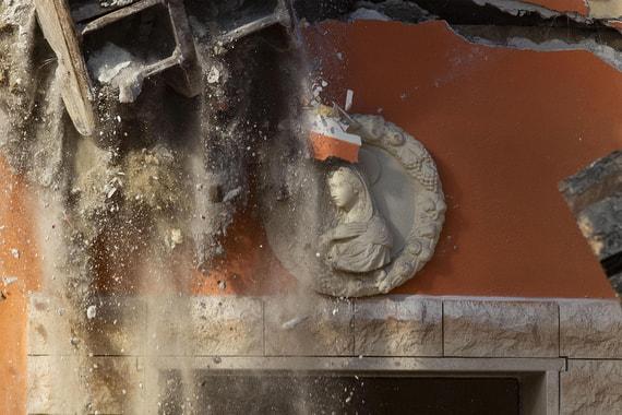 В Риме начали сносить виллы мафии