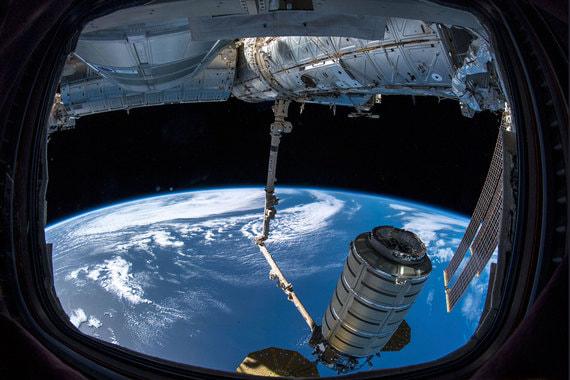 normal 1osf Массовый космический туризм становится все ближе