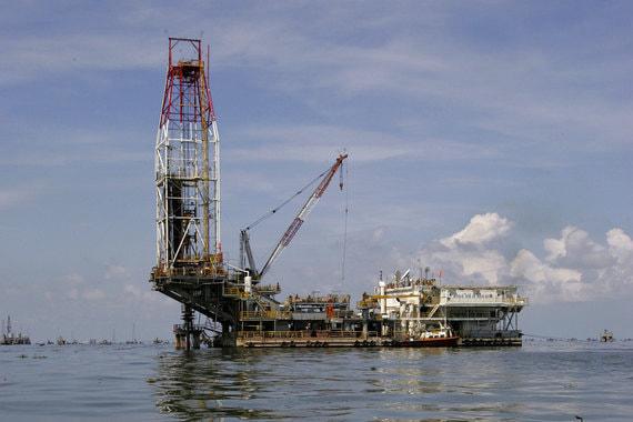 normal 8g Владимир Евтушенков снова расстается с нефтегазовыми активами