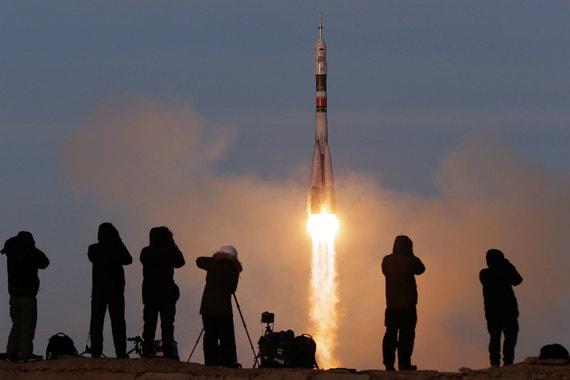 normal 1j2s Россия возобновила пилотируемые запуски после октябрьской аварии «Союза МС 10»