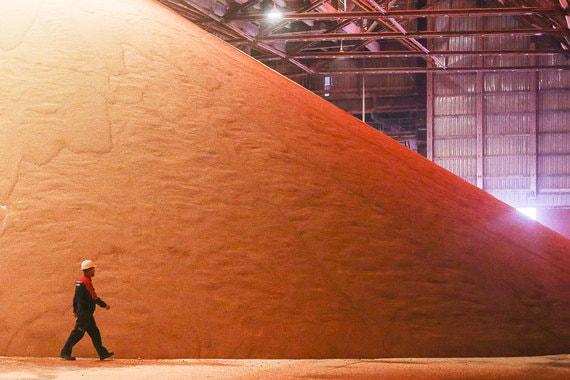 normal 1q8c «Уралкалий» уходит с крупнейших мировых рынков минеральных удобрений