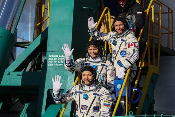normal 145z «Роскосмос» отправил космонавтов на МКС впервые после аварии «Союза»