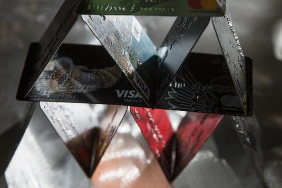 Возможные санкции не должны обрушить российский карточный домик