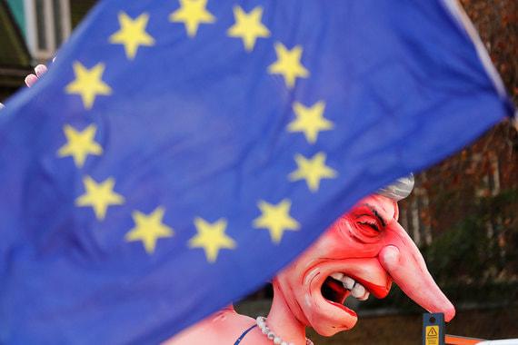 Провал вотума недоверия премьеру Великобритании не помог одобрению Brexit
